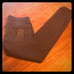 Size 29- Roxanne 7 for all mankind